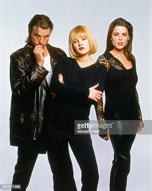 Skeet Ulrich Drew Barrymore and Neve Campbell