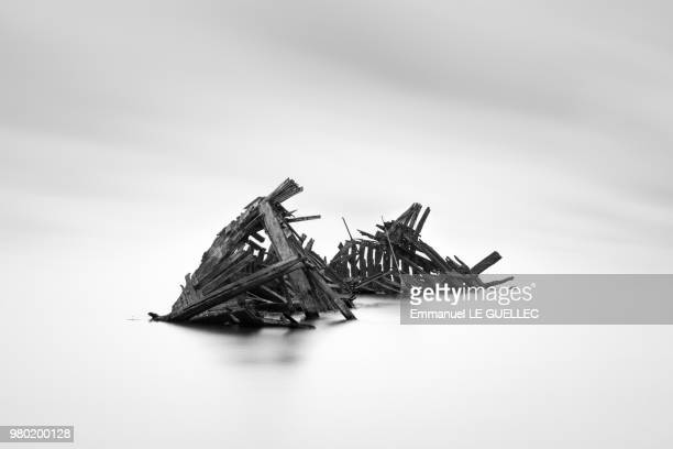 skeleton - shipwreck stock pictures, royalty-free photos & images