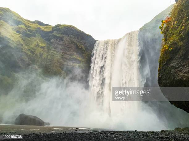 skógafoss i, south iceland, iceland - vsojoy stock pictures, royalty-free photos & images