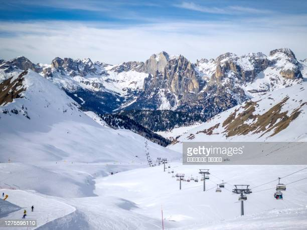ski chair lift in buffaure. dolomites, val di fassa - italy stock pictures, royalty-free photos & images