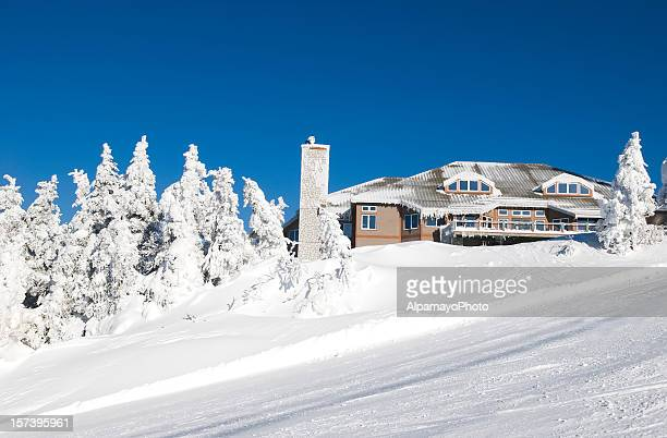 ski chalet - ii - mont tremblant stock pictures, royalty-free photos & images