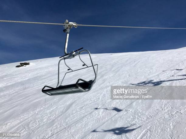 ski lift in snow - ski lift stock pictures, royalty-free photos & images