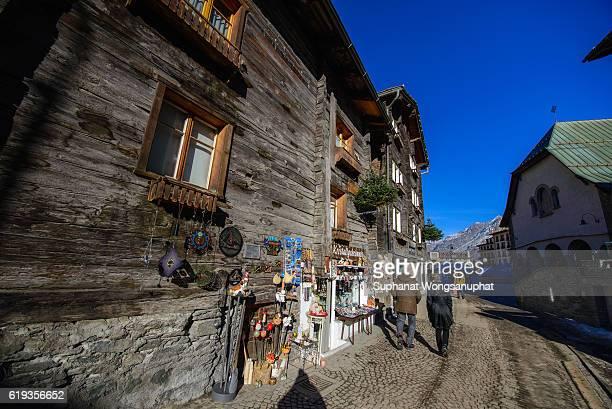 ski resort on a winter day, zermatt, switzerland - zermatt stock pictures, royalty-free photos & images
