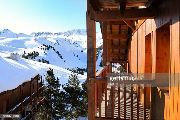 ski resort - chalet stock pictures, royalty-free photos & images