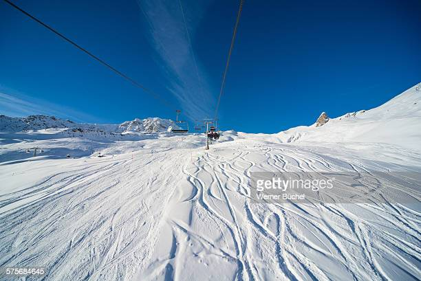 ski ressort in the swiss alps - アロサ ストックフォトと画像