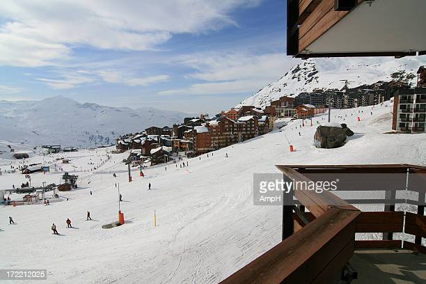 ski slope in france - trois vallees stock pictures, royalty-free photos & images