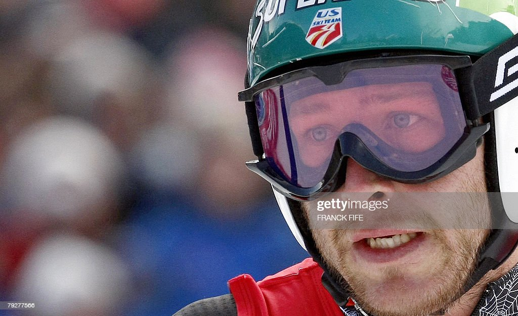 US skier Bode Miller reacts after the official men's World Cup combined downhill, 27 January 2008, in the French Alpine resort of Chamonix.