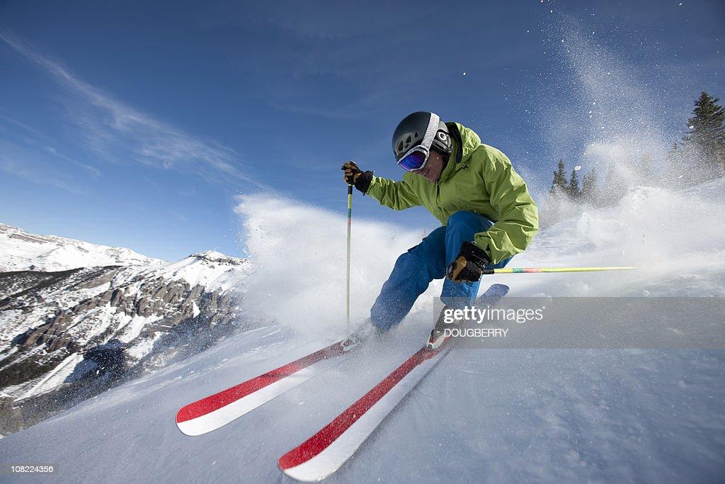 Skieur gros plan d'action : Photo