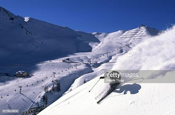 skier in canazei ski area - カナツェイ ストックフォトと画像
