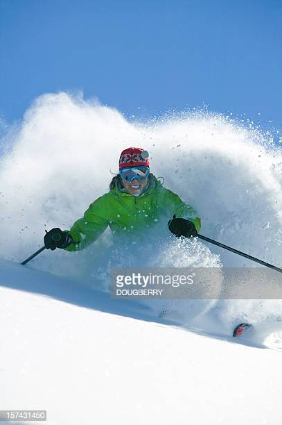 Ski dans la poudreuse