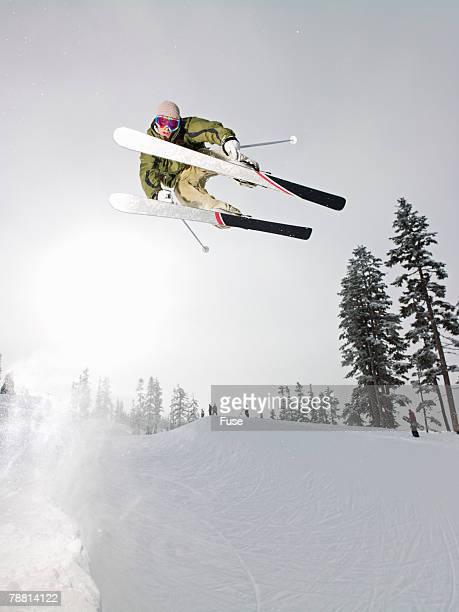 skier in mid-air - スキージャンプ ストックフォトと画像