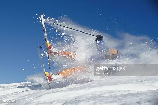 skier tumble - chute ski photos et images de collection
