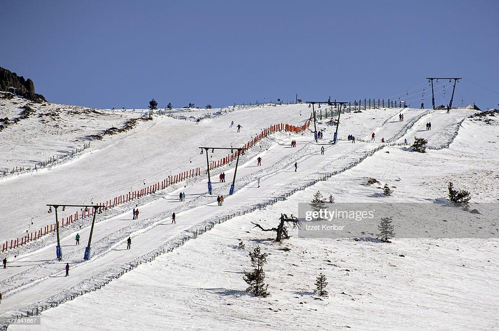 Skiers Climbing The Runs On Teleskikartalkaya Stock Photo Getty Images