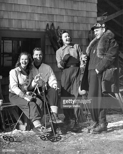 skiers relaxing - apres ski stock pictures, royalty-free photos & images