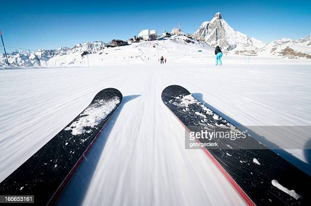 skiing at speed - downhill skiing stock pictures, royalty-free photos & images