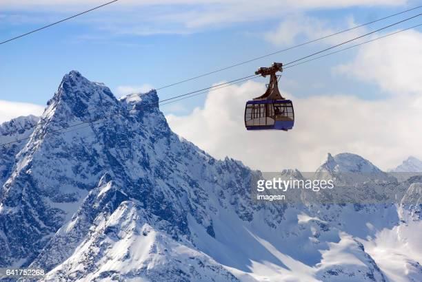 Skidåkning i St. Anton, Österrike