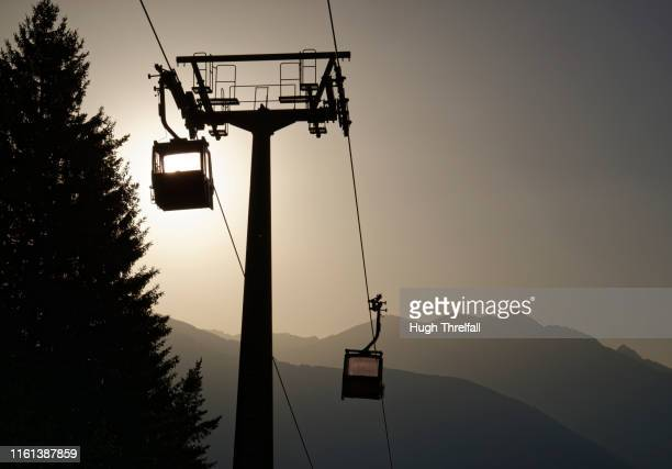skilift gondola or bubble lift. - hugh threlfall stock pictures, royalty-free photos & images