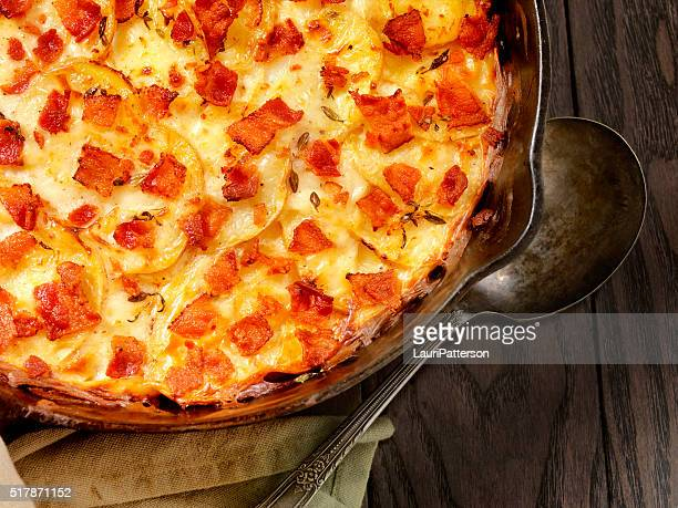 Skillet baked, Scalloped Potatoes with Bacon