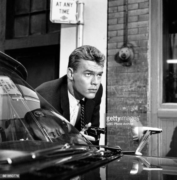 Skip Ward portrays Officer Pete Larkin in the CBS television police drama program The Lineup episode titled 'The Chinatown Story' Image dated October...