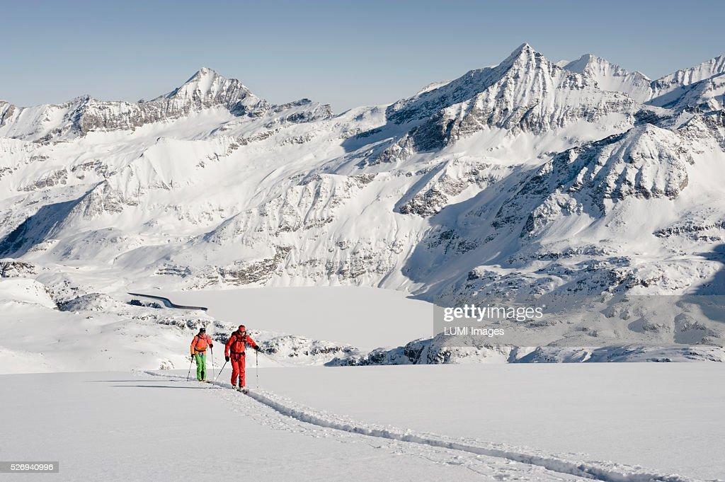 Skitour, Weissenseegletscher, Salzburg, Austria : Stock Photo