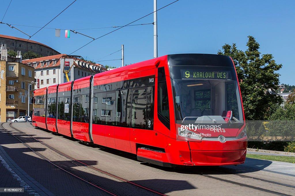 Skoda 30T Tram - Bratislava - Slovakia : Foto de stock