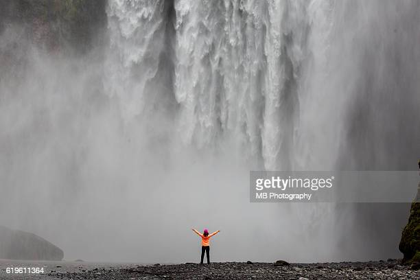 skogafoss waterfall - comparison stock pictures, royalty-free photos & images