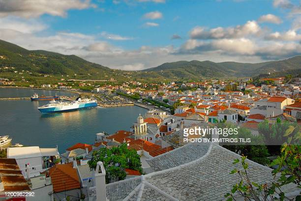 skopelos chora's port and settlement - dimitrios tilis stock pictures, royalty-free photos & images