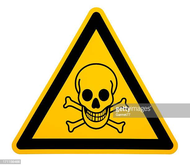 skull and crossbones sign on white - warning sign stock pictures, royalty-free photos & images