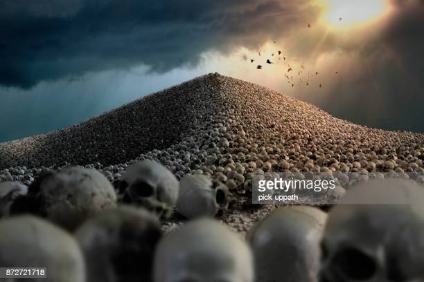 skull mountain - hell stock pictures, royalty-free photos & images