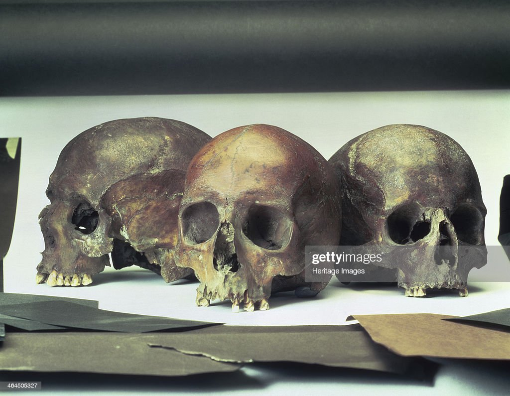 Skulls found in the stream-bed of the Walbrook, London, (60 AD?). These skulls could possibly be those of victims of the Boudiccan massacre in 60 AD, when Queen Boudicca (Boadicea), revolted against the Romans. Her armies killed the inhabitants who had not been willing or able to leave London.