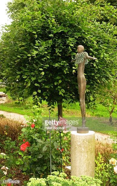 Skulptur Garten vom Atelier von P r o f B e r n d A l t e n s t e i n und G i s e l a E u f e sowie C h r i s t o p h F i s c h e r Offene Ateliers...