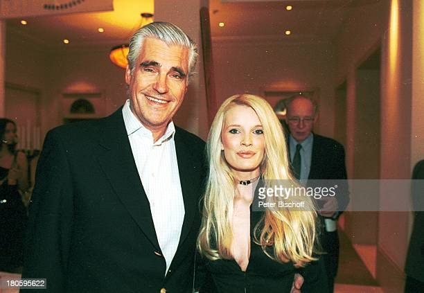 Sky Dumont Ehefrau Mirja Becker Nominierung zum Deutschen Filmpreis 2002 Hotel Adlon Berlin Frau