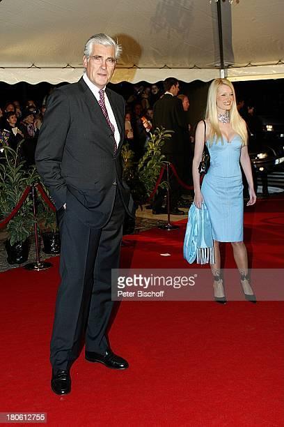 Sky Dumont mit Ehefrau Mirja Becker Verleihung des Radio Regenbogen Award Rosengarten Mannheim Frau