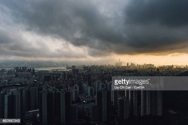 sky over city - liu he stock pictures, royalty-free photos & images