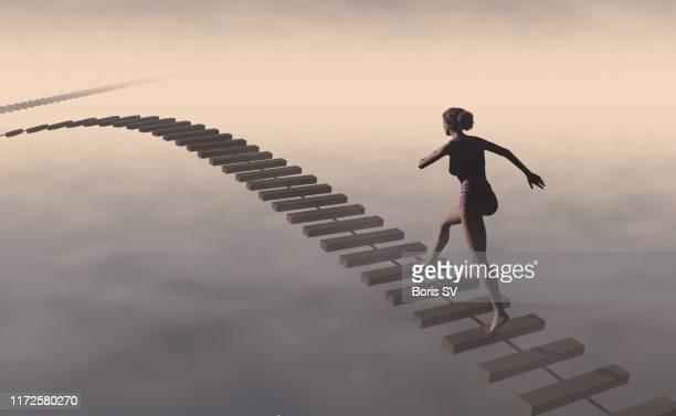 sky runner - onirique photos et images de collection