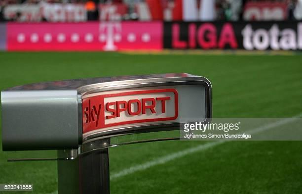 Sky Sport Werbung gesehen waehrend dem BundesligaSpiel zwischen dem FC Bayern Muenchen und Borussia Moenchengladbach am in der Muenchner AllianzArena