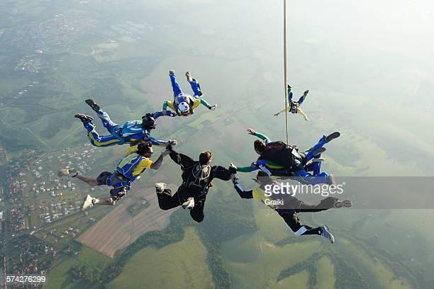 Skydiving tandem formation group