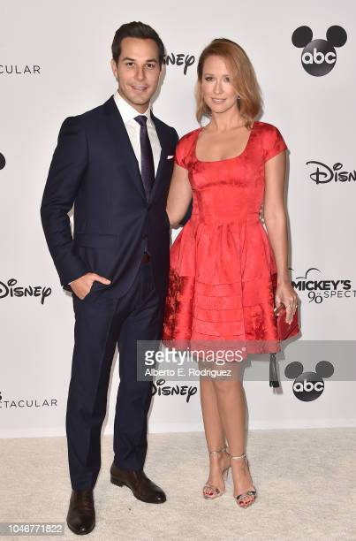 Skylar Astin and Anna Camp attend Mickey's 90th Spectacular at The Shrine Auditorium on October 6 2018 in Los Angeles California