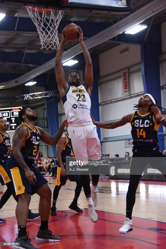 Skylar Spencer #23 of the Fort Wayne Mad Ants handles the ball during the NBA G-League Showcase Game 23 between the Salt Lake City Stars and the Fort Wayne Mad Ants on January 13, 2018 at the Mississauga SportZone in Mississauga, Ontario Canada.