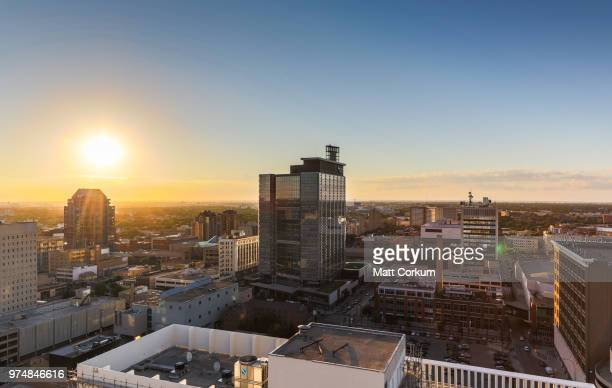 skyline at sunset, winnipeg, manitoba, canada - manitoba stock pictures, royalty-free photos & images