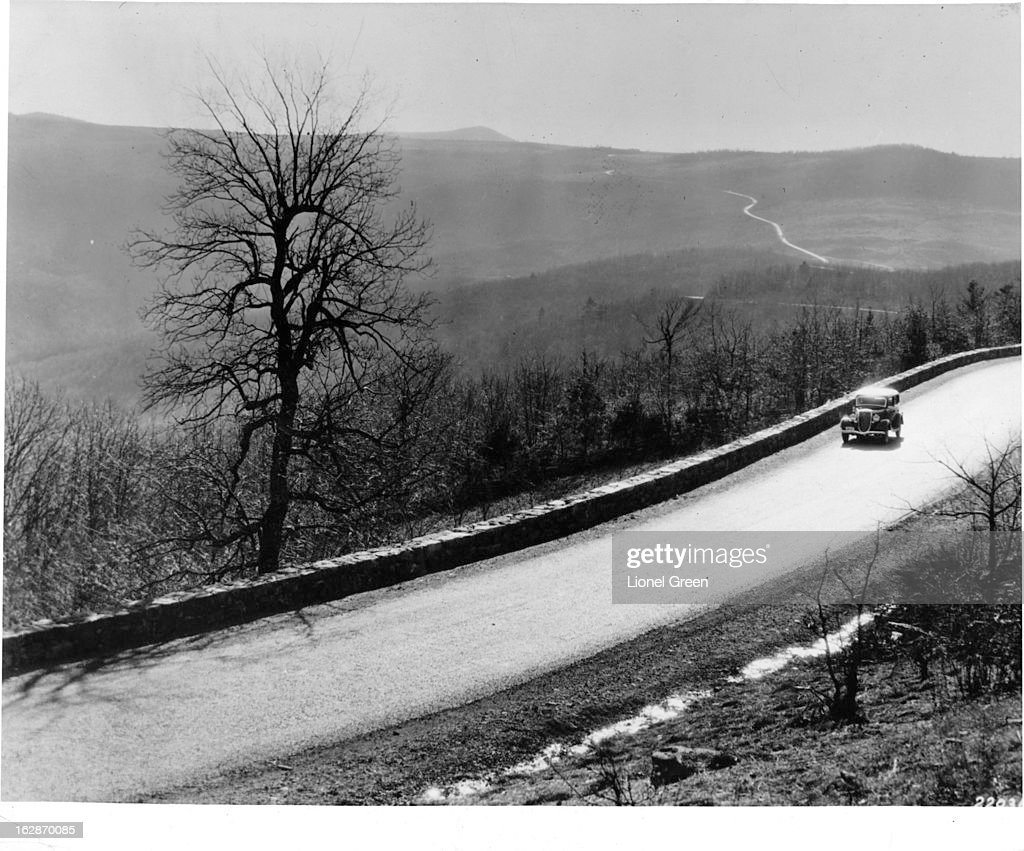 Skyline Drive in Shenandoah National Park in the Blue Ridge Mountains in Virginia : News Photo
