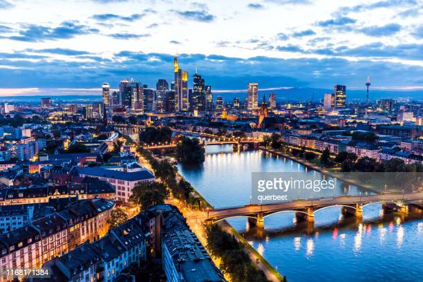 skyline in frankfurt - frankfurt stock pictures, royalty-free photos & images