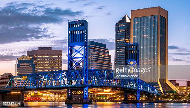 skyline, jacksonville, florida, america - jacksonville florida stock pictures, royalty-free photos & images