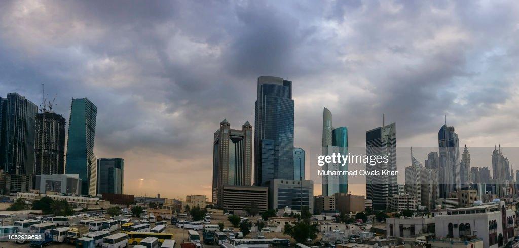 Skyline Of Dubai United Arab Emirates Stock-Foto - Getty Images