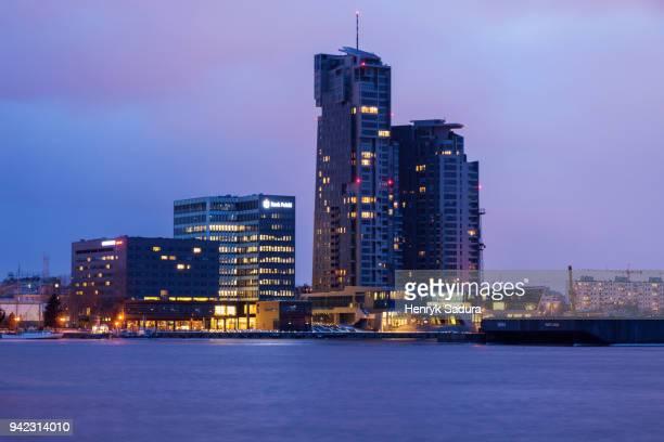 skyline of gdynia at night - グディニャ ストックフォトと画像