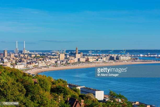 skyline of le havre normandy france - 2018 photos et images de collection