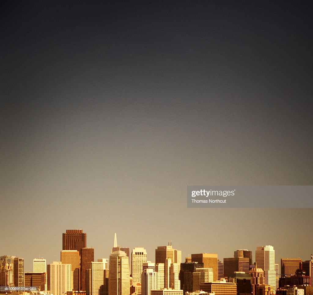 Skyline of modern city, toned : Stockfoto