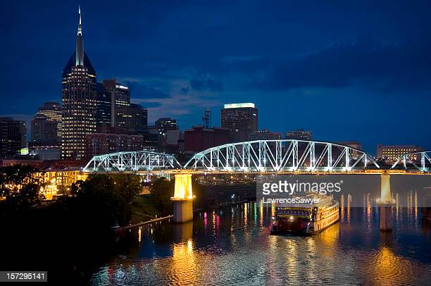 Skyline of Nashville, Tennessee at night