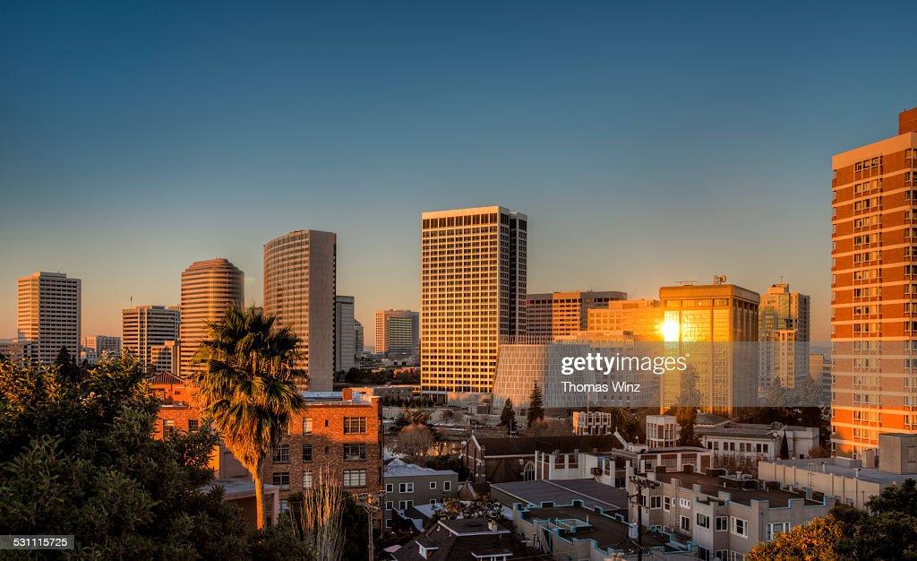 Skyline of Oakland at sunrise : Stock Photo