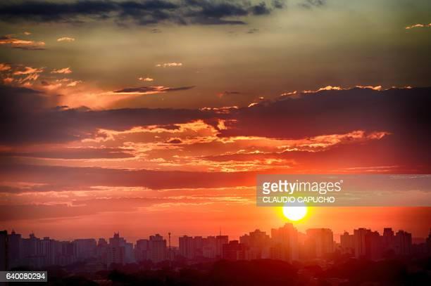 skyline of são josé dos campos - claudio capucho stock photos and pictures